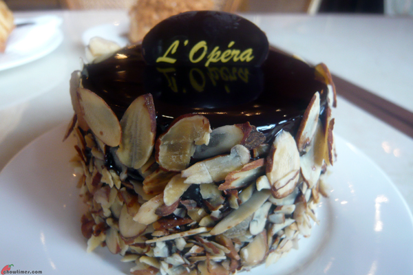 LÓpera-Patisserie-Minoru-Blvd-Richmond-02