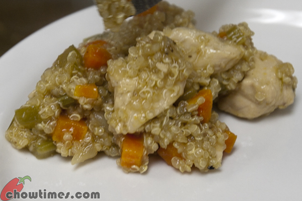 Smothered-Chicken-in-Quinoa-01