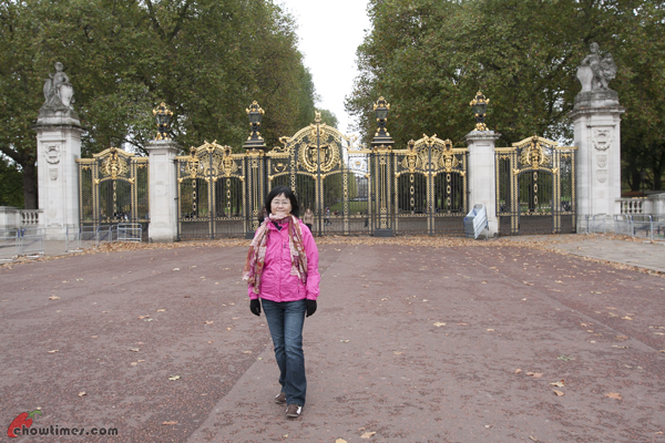 London-Day-3-Buckingham-Palace-06