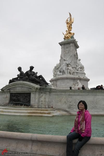 London-Day-3-Buckingham-Palace-12