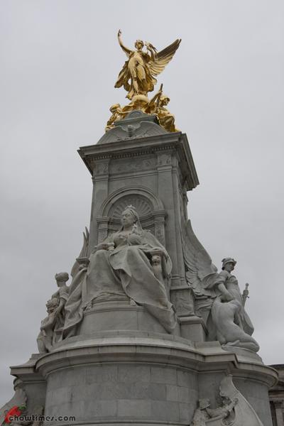 London-Day-3-Buckingham-Palace-13