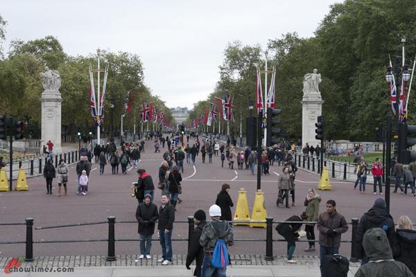 London-Day-3-Buckingham-Palace-14