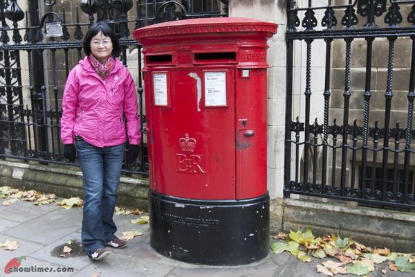 London-Day-3-Trafalgar-Square-10