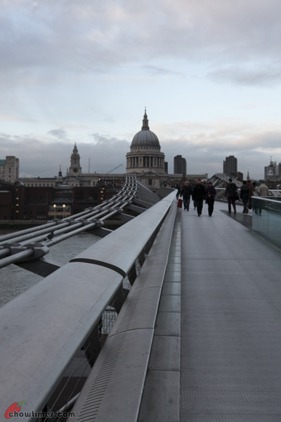 London-Day-4-Crossing-The-Millenium-Bridge-01