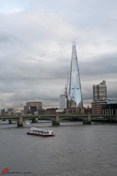 London-Day-4-Crossing-The-Millenium-Bridge-05