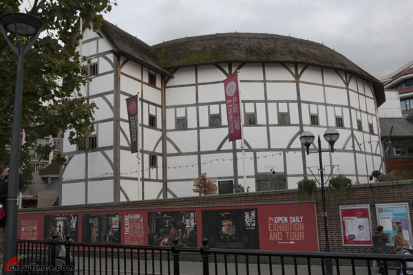 London-Day-4-Shakespeare-Globe-Theater-07