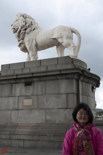 London-Day-4-Walk-Along-South-Bank-01