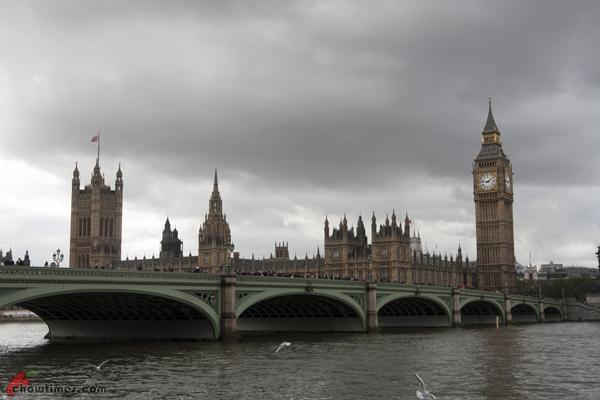 London-Day-4-Walk-Along-South-Bank-02