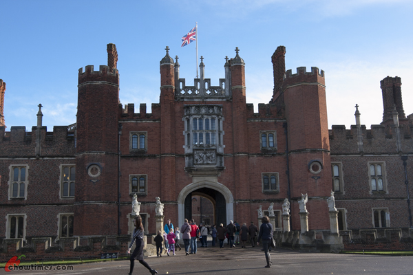London-Day-7-Hampton-Court-Palace-09