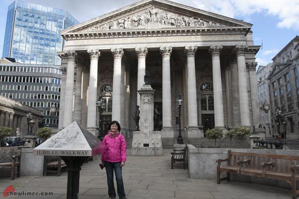London-2012-Day-9-London-Buildings-02