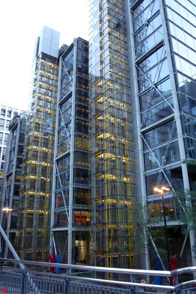 London-2012-Day-9-London-Buildings-30