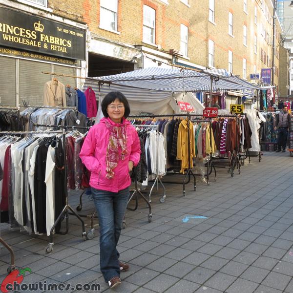 London-Day-9-Pettycoat-Lane-01